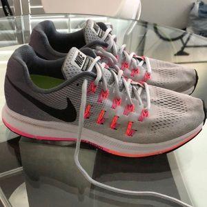 Nike Zoom Pegasus Running Shoes